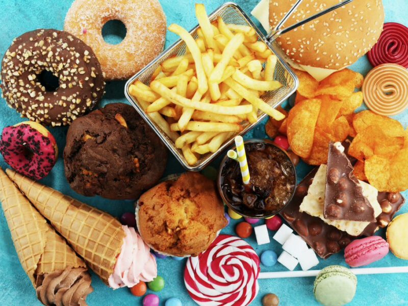 UK moves to ban adverts of unhealthy food